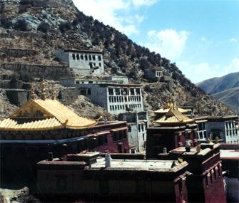 Доходы от туризма тибетцев Сычуани превысили $6,42 млрд