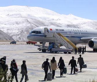 Пассажирооборот аэропортов Тибета достиг 2,07 млн человек