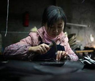 Плоскостопие, косолапость, сколиоз - и все это от китайской обуви