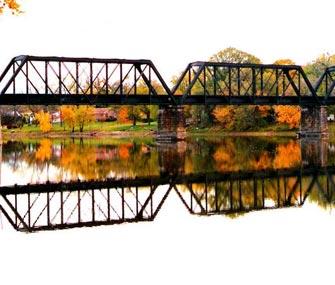 Железнодорожный мост между китаем и