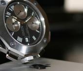 Китай приобрел швейцарского производителя элитных часов Corum